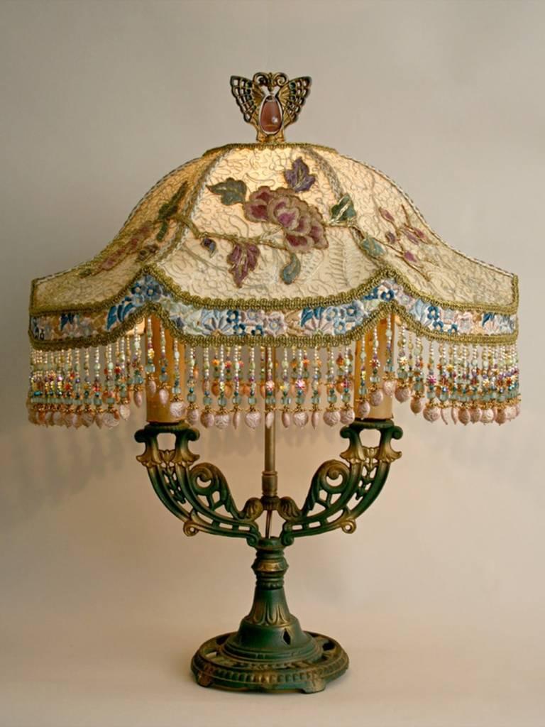 светильник в викторианском стиле