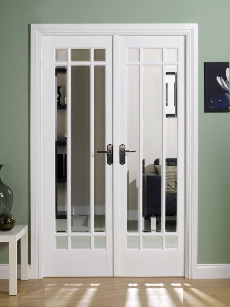 межкомнатная дверь с  зеркалом