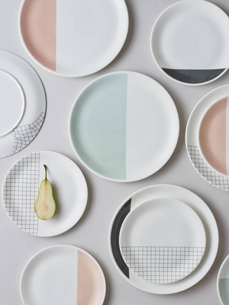 принт на тарелках