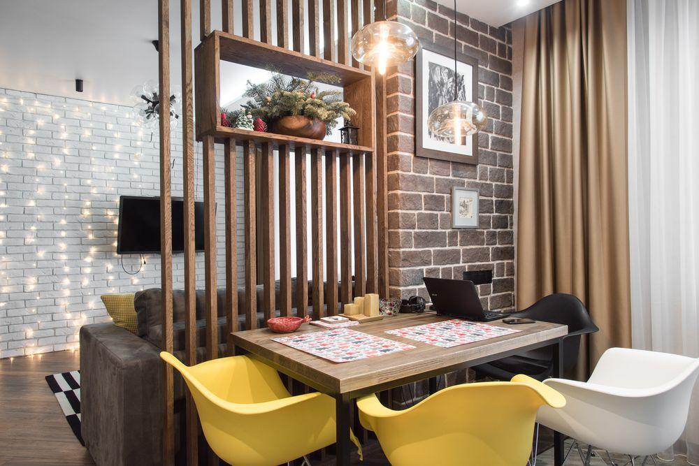 Как зонировать пространство в маленькой квартире: 12 креативов